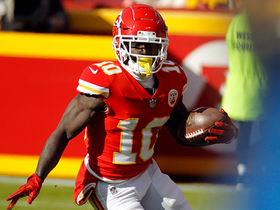 Tyreek Hill weaves for wild third-and-long conversion