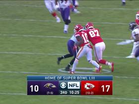 Mahomes throws ill-advised INT