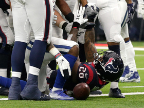 Lamar Miller DIVES into the end zone for a TD