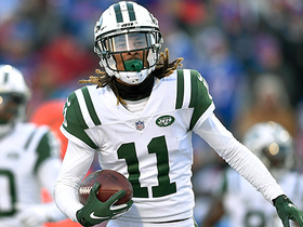 Robby Anderson makes a crucial catch for a 37-yard gain