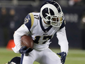 Goff slings pass to Woods for 29 yards