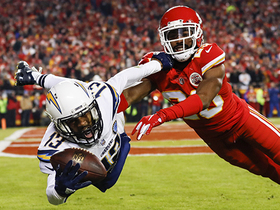 Keenan Allen almost makes catch of the year amid three Chiefs