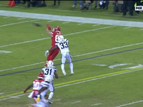 Derwin James' strong tackle of Kelce prevents first down pickup