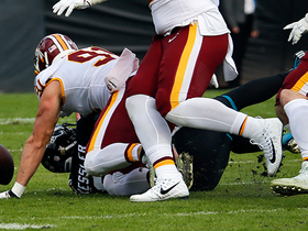 Payne snags fumble after Kerrigan strip-sack