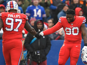 Shaq Lawson swats ball from Stafford for huge third-down stop