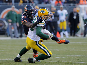 Leonard Floyd gets massive 18-yard sack on Rodgers in crunch time