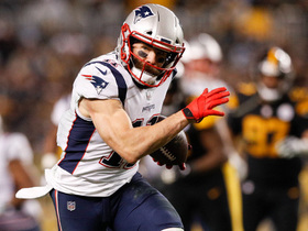 Edelman calls for ball on 34-yard grab