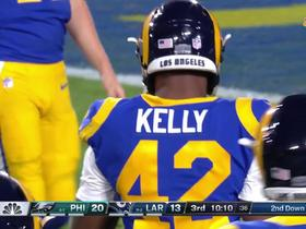 Injury puts Todd Gurley on bench in third quarter