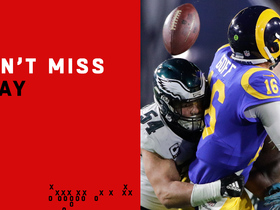 Can't-Miss Play: Goff's mishandled snap goes horribly wrong