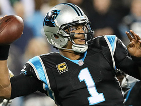 Cam delivers 17-yard strike to Samuel despite heavy pressure