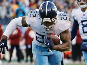 Derrick Henry stumbles into end zone on TD run