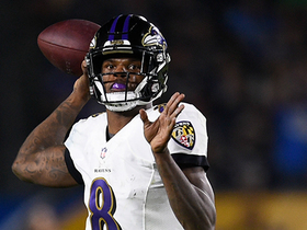 Lamar Jackson throws pinpoint pass to Crabtree for 20 yards