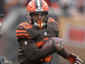 Duke Johnson extends the play on 21-yard catch