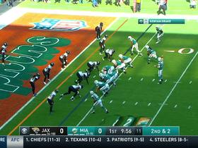 Tannehill sneaks nifty shovel pass to Bolden for TD
