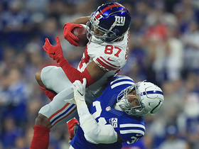 Sterling Shepard goes airborne on 17-yard pass