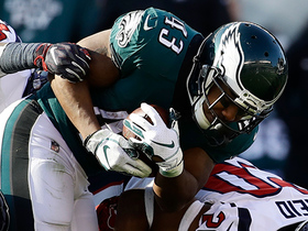 Sproles beats Cunningham for long catch and run