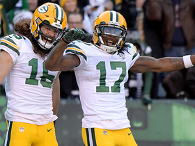 Rodgers, Kumerow turn third-and-4 into 49-yard TD