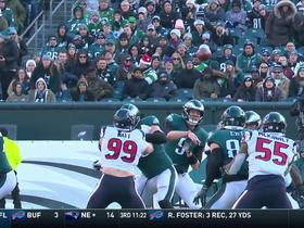 Benardrick McKinney tips Foles pass to himself for INT