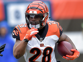Joe Mixon shows off speed on 20-yard gain