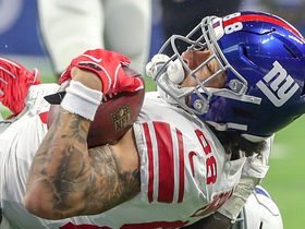 Engram reels in Eli's laser pass for 32 yards