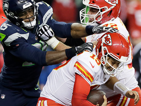 Seahawks swarm Mahomes for first-down sack