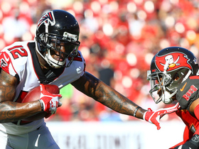 Sanu runs through Bucs' defense for first down