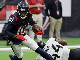 Hopkins shows unreal reflexes on 13-yard catch of deflected pass