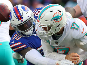 Harrison Phillips recovers Tannehill's fumble after Lawson knocks ball loose
