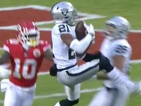 Conley's leaping INT denies deep-ball TD to Tyreek