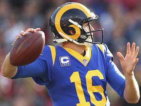 Goff delivers pinpoint 29-yard TD pass to Reynolds
