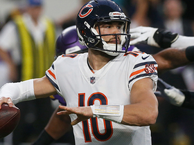 Trubisky tosses to linebacker for two-point conversion