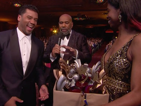 Russell Wilson accepts trophies on behalf of Seahawks offense for 'Celebration of the Year'
