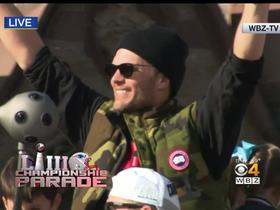 Tom Brady waves at New England fans during sixth Super Bowl parade