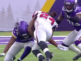 Vikings' recover after Trae Waynes forces fumble