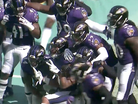 Ravens defense poses for a photo after Marlon Humphrey picks off Rosen