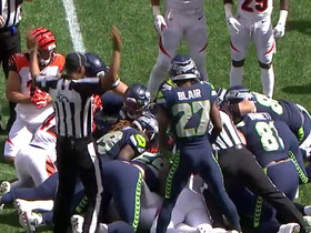 Seahawks' special teams forces key early fumble