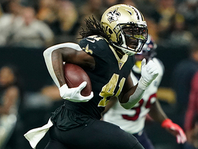 Alvin Kamara matches his number with explosive 41-yard catch and run