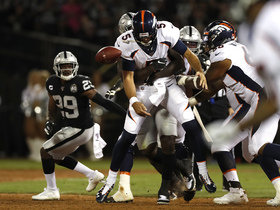 Raiders' huge third-down sack of Flacco drops Broncos out of FG range