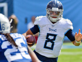 Marcus Mariota keeps it to covert clutch first down