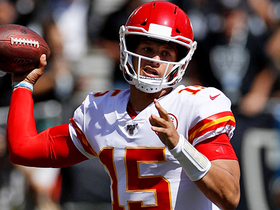 Patrick Mahomes shows pinpoint precision on 27-yard TD to Travis Kelce