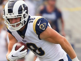 Cooper Kupp finds open space for 13-yard catch and run