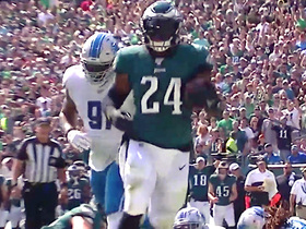 Jordan Howard trots into the end zone for first TD with Eagles