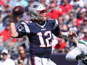 Brady sells play-action to open up Dorsett on 25-yard TD toss