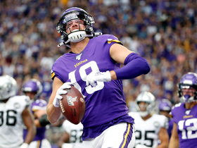 Thielen notches second TD with sneaky goal-line rushing score