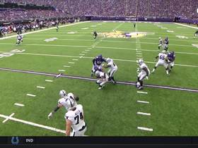 Danielle Hunter's relentless effort off edge results in sack