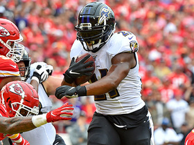 Mark Ingram stiff-arms his way in for second TD run