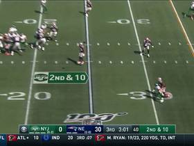 Falk completes tight-window pass to Berrios for 23-yard catch and run