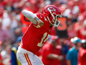 Patrick Mahomes is FIRED UP after game-sealing first-down pickup