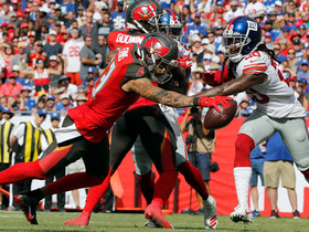Jameis Winston hits Mike Evans on shield slant for second TD