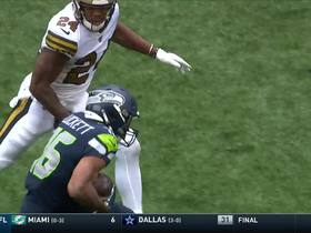 Russell Wilson dials long distance to Tyler Lockett for 40 yards
